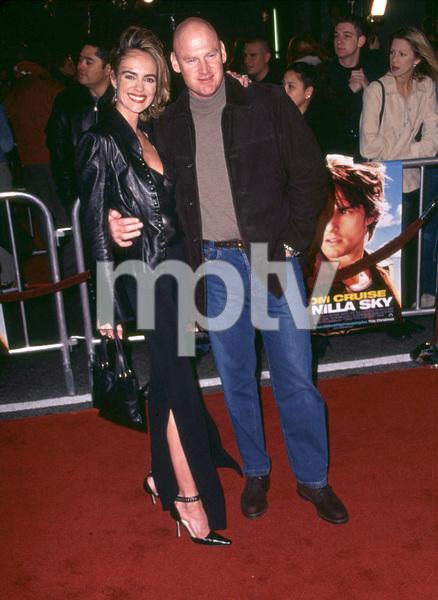"""Vanilla Sky"" Premiere 12/10/01 Michelle Williams and husband Baseball player Matt Williams in Hollywood,Ca © 2001 Scott Weiner - Image 19756_0107"