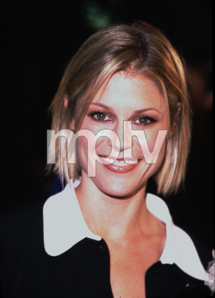 Julie Bowen attends the premiere of her new filmJoe Somebody. Held at the Mann Village theater in Westwood California 12/19/01. © 2001 Glenn Weiner - Image 19766_0101