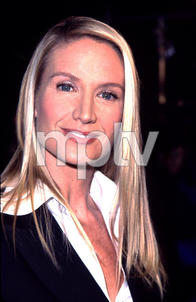 Kelly Lynch at the premiere of her new film, Joe Somebody. Held at the Mann Village theater in Westwood California 12/19/01. © 2001 Glenn Weiner - Image 19766_0106