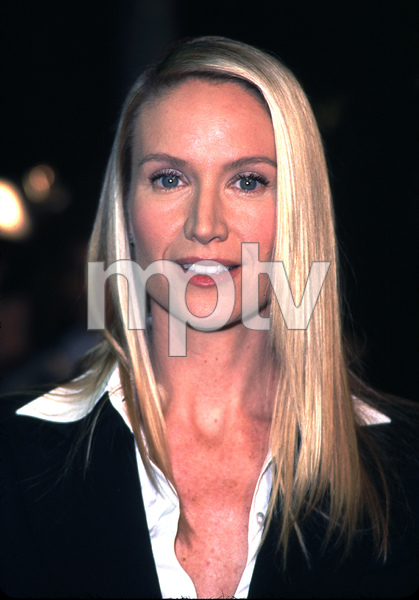 Kelly Lynch attends the premiere of her new film, Joe Somebody. Held at the Mann Village theater in Westwood California 12/19/01. © 2001 Glenn Weiner - Image 19766_0107