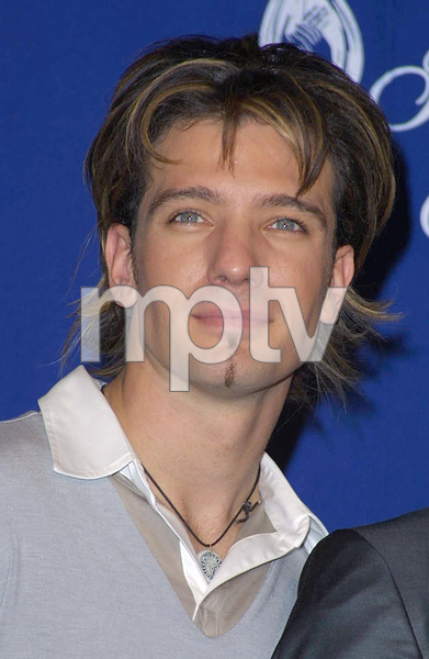 JC Chavez of N-Sync at the 28th annual Peoples Choice awards in Pasadena California 1/13/02 © 2002 Glenn Weiner - Image 19804_0151