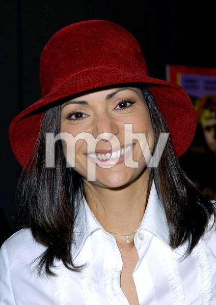Constance Marie at the premiere of Scotland PA.Held at the GCC Galaxy theater in Hollywood California 2/4/02. © 2002 Glenn Weiner - Image 19857_0104