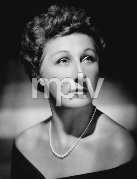 Judith Anderson circa 1946Photo By Nickolas Mura **I.V. - Image 19893_0001