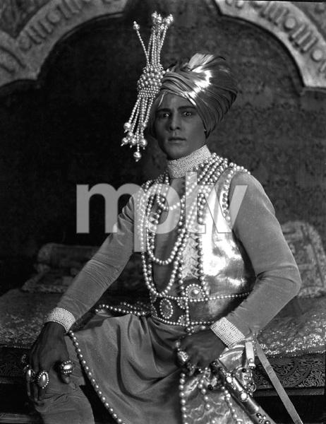 """THE YOUNG RAJAH"" Rudolph Valentino, Paramount, 1922, I.V. - Image 19963_0005"