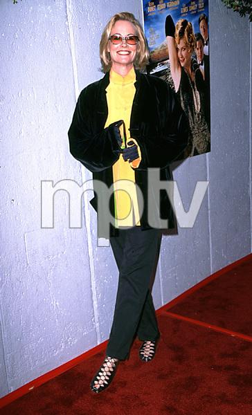"""Cats Meow"" (Premiere)Cybill Shepherd4/10/02 © 2002 Scott Weiner / MPTV - Image 20087_0102"
