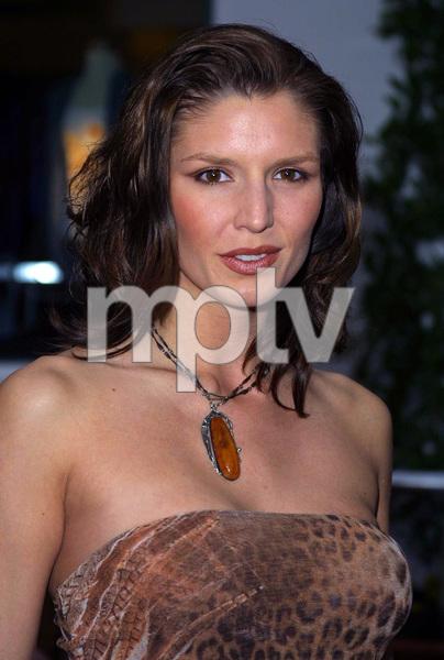 """The Scorpion King"" Premiere 4/17/02Nina Kaczorowski © 2002 Glenn Weiner - Image 20119_0126"