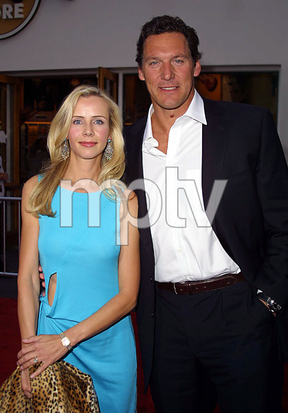 """""""The Scorpion King"""" Premiere 4/17/02Ralf Moeller and wife © 2002 Glenn Weiner - Image 20119_0129"""