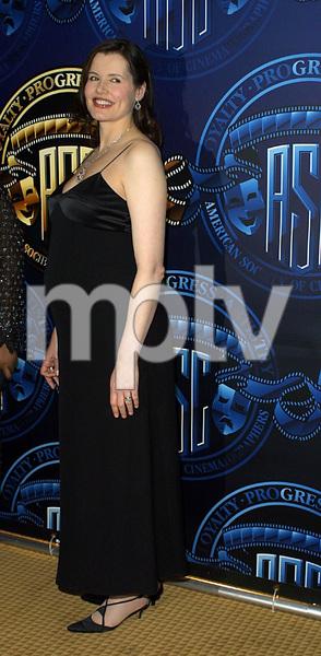 """""""Cinematographers Awards: 16th Annual""""2/17/02Geena Davis © 2002 Scott Weiner - Image 20128_0101"""