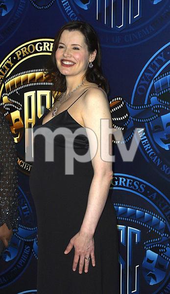 """""""Cinematographers Awards: 16th Annual""""2/17/02Geena Davis © 2002 Scott Weiner - Image 20128_0102"""