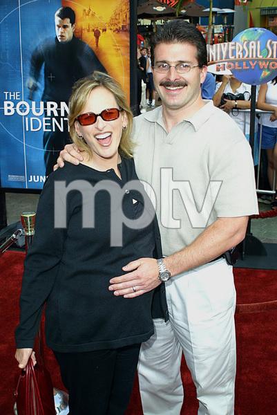 """Bourne Identity"" Premiere 6/06/02Marlee Matlin and husband © 2002 Glenn Weiner - Image 20212_0125"