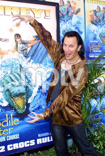 """The Crocodile Hunter: Collision Course"" Premiere6/29/02Steve Valentine © 2002 Glenn Weiner - Image 20304_0128"