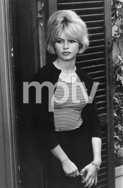 """""""Contempt""""Brigitte Bardot1963 Embassy** I.V. - Image 2043_0092"""