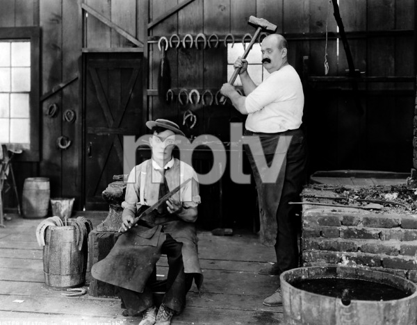 Buster Keaton, BLACKSMITH, THE, short, First National, 1922, **I.V. - Image 20676_0003