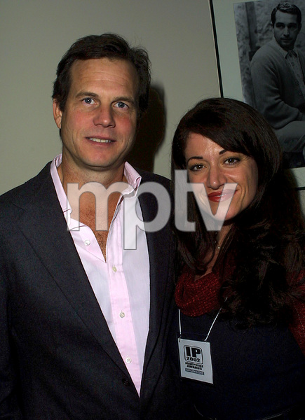 Josephine AwardsBill Paxton & Nadine HamdanLos Angeles Film School in Hollywood, California 11/1/02 © 2002 Scott Weiner - Image 20708_0124