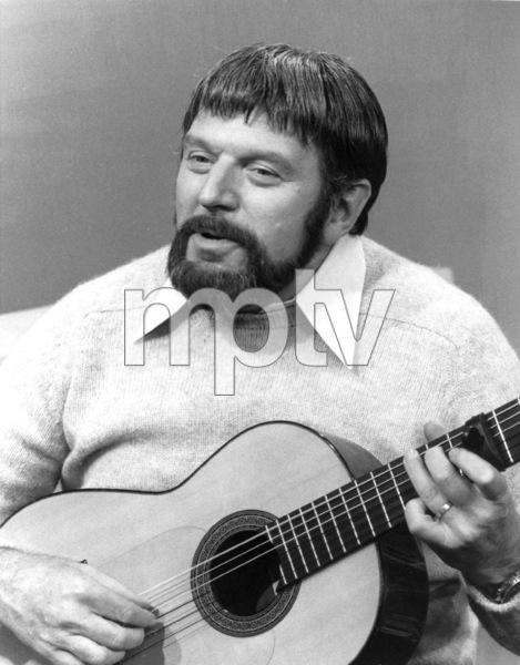 """Theodore Bikel""""Captain Kangaroo""""1977 CBS**H.L. - Image 2080_0001"""
