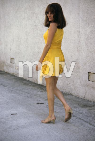 Jacqueline Bisset behind sound stage1969 © 1978 David Sutton - Image 2083_0032