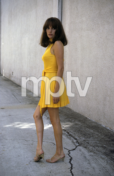 Jacqueline Bisset behind sound stage1969 © 1978 David Sutton - Image 2083_0048