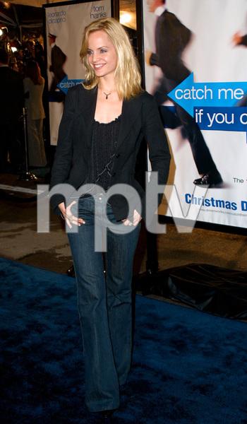 Catch Me If You Can PremiereMena SuvariMann Village Theatre in Westwood, CA  12/16/02 © 2002 Glenn Weiner - Image 20853_0149