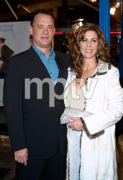 Catch Me If You Can PremiereTom Hanks & Rita WilsonMann Village Theatre in Westwood, CA  12/16/02 © 2002 Glenn Weiner - Image 20853_0155