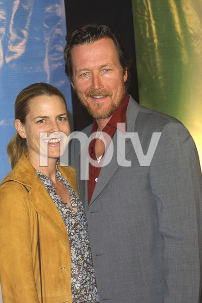 NBC Winter Press Tour PartyRobert Patrick & his wife BarbaraBliss Club in Los Angeles, CA  1/17/03 © 2003 Scott Weiner - Image 20931_0263