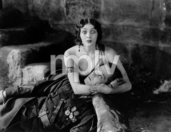 """Trifling Women""Barbara LaMarr & Ramon Novarro1922 Metro Pictures**I.V. - Image 21069_0003"