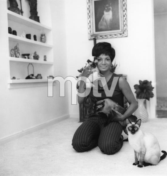 Nichelle Nichols 1967Photo by Joe Shere - Image 2114_0002