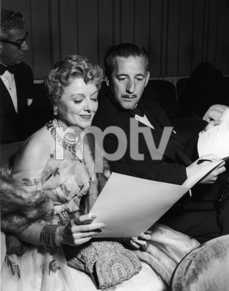 Janet Gaynor at the Academy Awardscirca 1950s** I.V. - Image 21171_0001