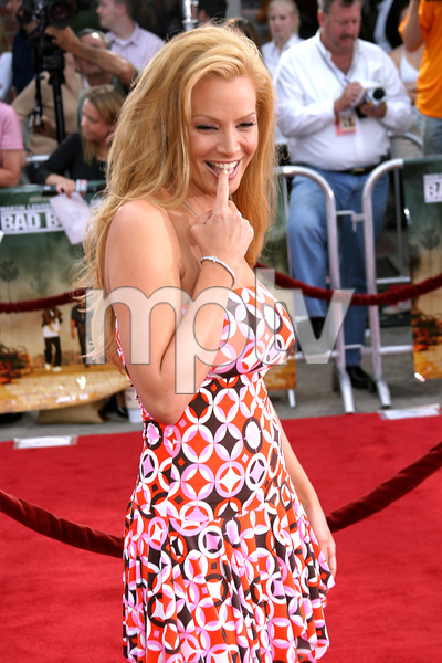 """Bad Boys 2"" Premiere 7-9-03Cindy Margolis © 2003 Sam Kweskin - Image 21319_0059"