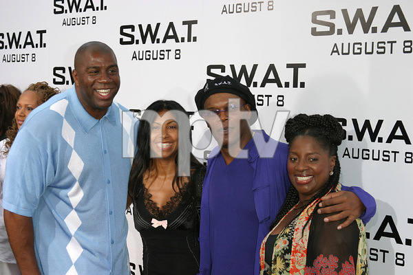 """S.W.A.T."" Premiere 7-30-03Earvin ""Majic Johnson, wife, Samuel L. Jackson, wifePhoto By Sam Kweskin - Image 21354_0064"