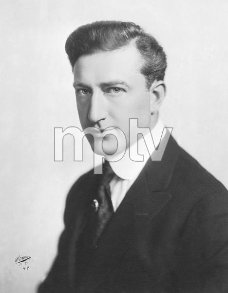 Francis X.  Bushman, Photo by Sarony, 1912, I.V. - Image 2138_0011