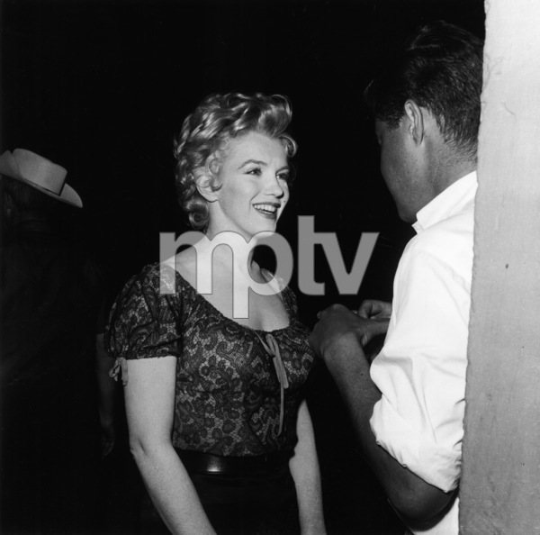 """Bus Stop""Marilyn Monroe1956 20th Century Fox** I.V. - Image 21402_0002"