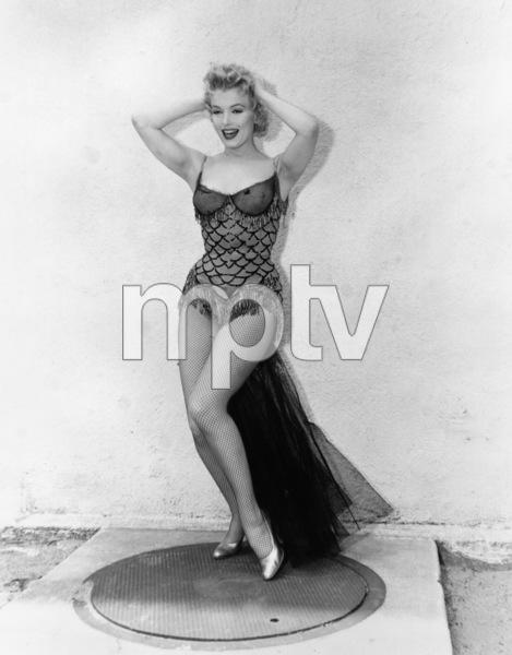 """Bus Stop""Marilyn Monroe1956 20th Century Fox** R.C. - Image 21402_0052"