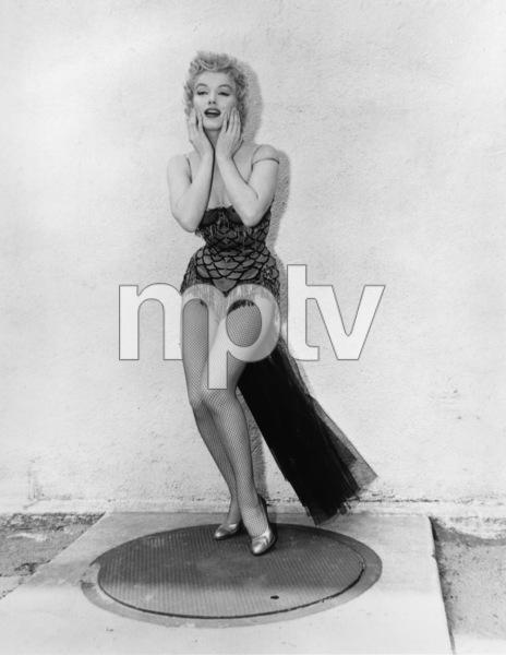 """Bus Stop""Marilyn Monroe1956 20th Century Fox** R.C. - Image 21402_0053"