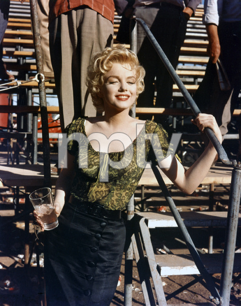 """Bus Stop""Marilyn Monroe1956 20th Century Fox** I.V. - Image 21402_0073"