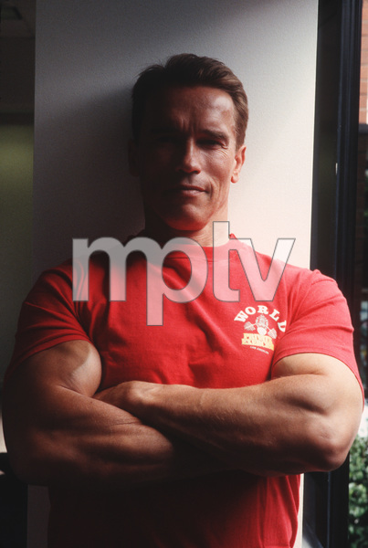 Arnold Schwarzenegger at World GymVenice, CA, 1994 © 1994 Bruce McBroom - Image 21403_0003