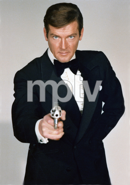 """Live and Let Die""Roger Moore1973** I.V. - Image 21425_0128"