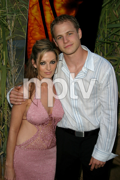 """Jeepers Creepers 2"" Premiere 8-25-03Travis Schiffner and Korena BeachPhoto By Sam Kweskin - Image 21434_0106"