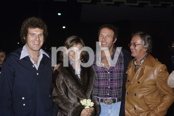 James Caan with his brother Ronnie and wife Sheila Ryancirca 1970s© 1978 Gary Lewis - Image 2145_0025