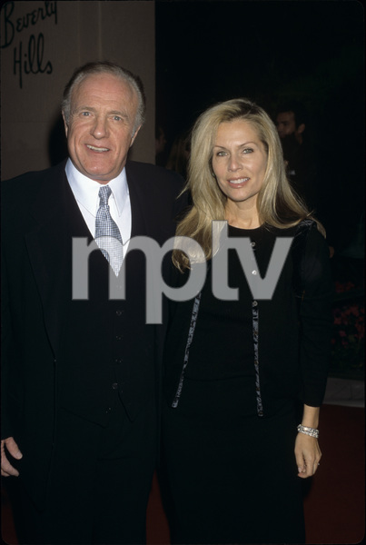 James Caan and his wife Linda Stokescirca 1990s© 1990 Gary Lewis - Image 2145_0040