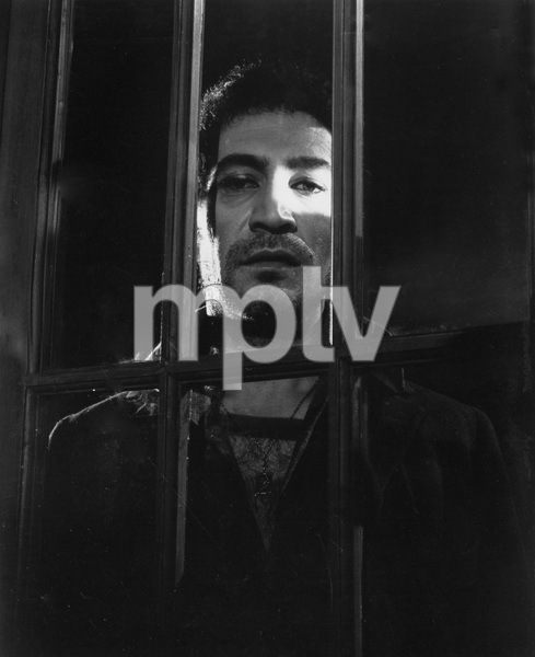 """""""THE INNOCENTS"""" Peter Wyngarde as the evil ghost Quint, TCF, 1961, I.V. - Image 21509_0028"""