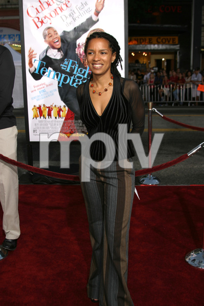 """The Fighting Temptations"" Premiere9-17-2003Elizabeth Hunter (Writer)Photo by Sam Kweskin - Image 21512_0043"