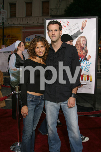 """""""The Fighting Temptations"""" Premiere9-17-2003Lourdes Benedicto and friendPhoto by Sam Kweskin - Image 21512_0062"""
