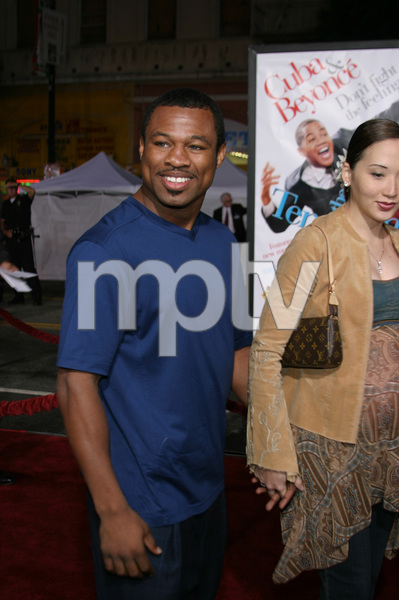 """The Fighting Temptations"" Premiere9-17-2003Sugar Shane Mosley and wife JinPhoto by Sam Kweskin - Image 21512_0084"