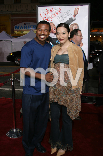 """""""The Fighting Temptations"""" Premiere9-17-2003Sugar Shane Mosley and wife JinPhoto by Sam Kweskin - Image 21512_0087"""
