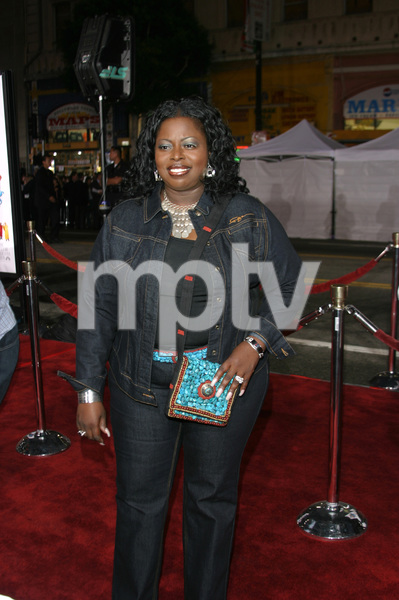 """The Fighting Temptations"" Premiere9-17-2003Angie StonePhoto by Sam Kweskin - Image 21512_0090"