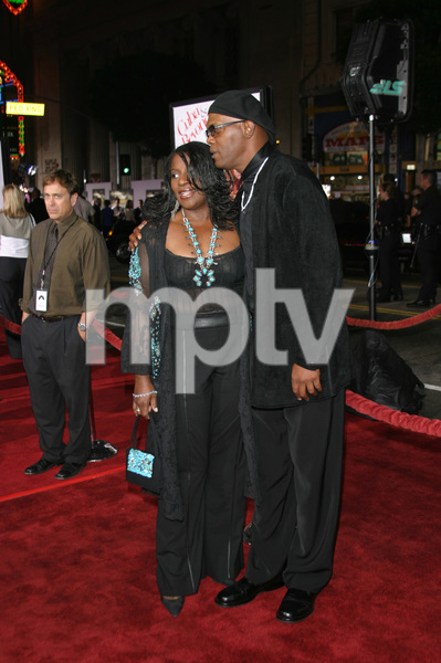 """""""The Fighting Temptations"""" Premiere9-17-2003Samuel L. Jackson and wife LaTonya RichardsonPhoto by Sam Kweskin - Image 21512_0097"""