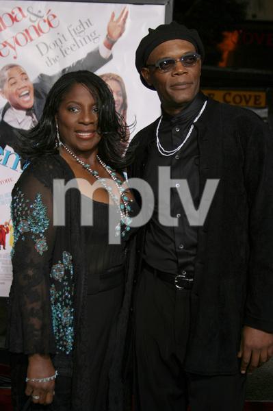"""""""The Fighting Temptations"""" Premiere9-17-2003Samuel L. Jackson and wife LaTonya RichardsonPhoto by Sam Kweskin - Image 21512_0101"""