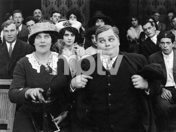 """""""Fatty in San Diego""""Roscoe """"Fatty"""" Arbuckle, Mabel Normand1913**I.V. - Image 21559_0001"""