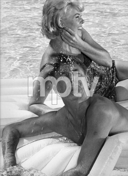 """That Touch of Mink""Cary Grant, Doris Day1962 Universal Pictures © 1978 Leo Fuchs - Image 21587_0019"