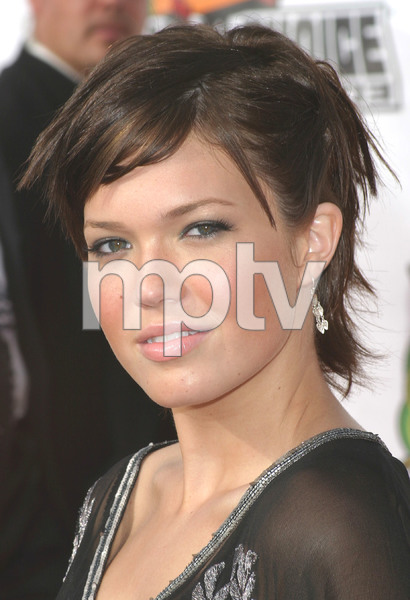 """Nickelodeons 16th Annual Kids Choice Awards"" 04/12/03Mandy Moore MPTV - Image 21590_0052"